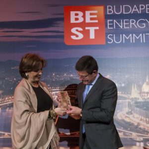 CSR Project of the Year E.ON, Zsolt Jamniczky CEO of E.ON Hungary, Emese Danks, Unicef